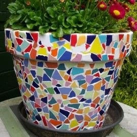 Mosaic on the Pot @ Essex Stained Glass Studio | Essex | Ontario | Canada